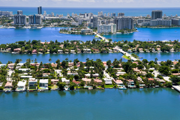 Miami Vinitian Islands Real Estate 600x400